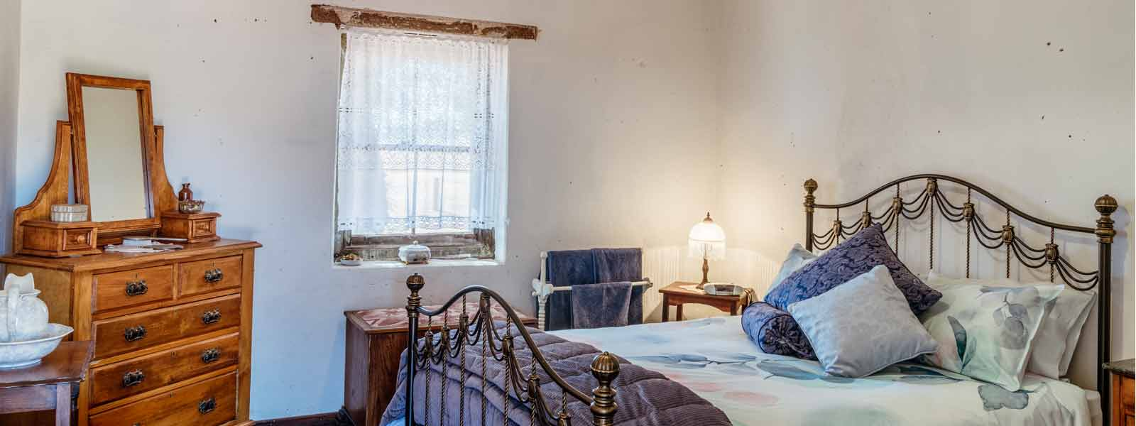 country-B&B, bed-and-breakfast-accommodation