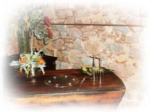 Elegant-gateleg-table-inside-barn