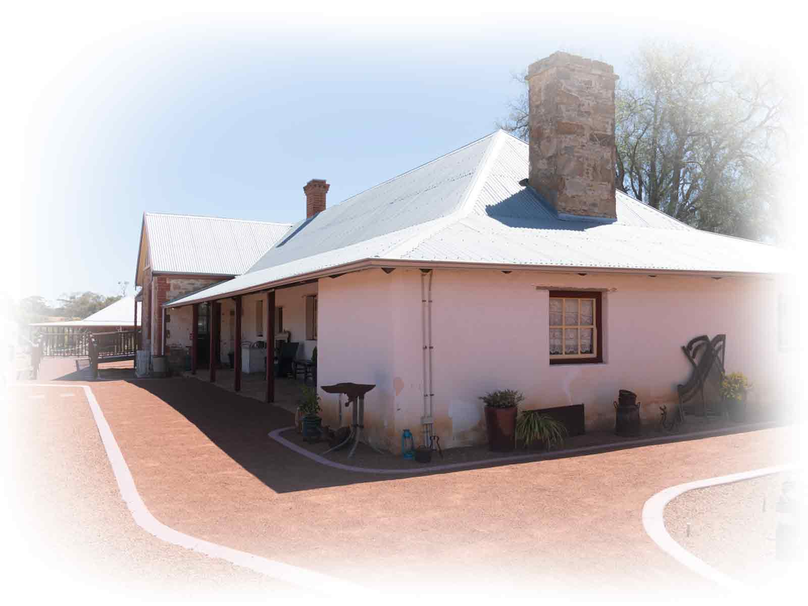 slater-homestead-side-tearoom